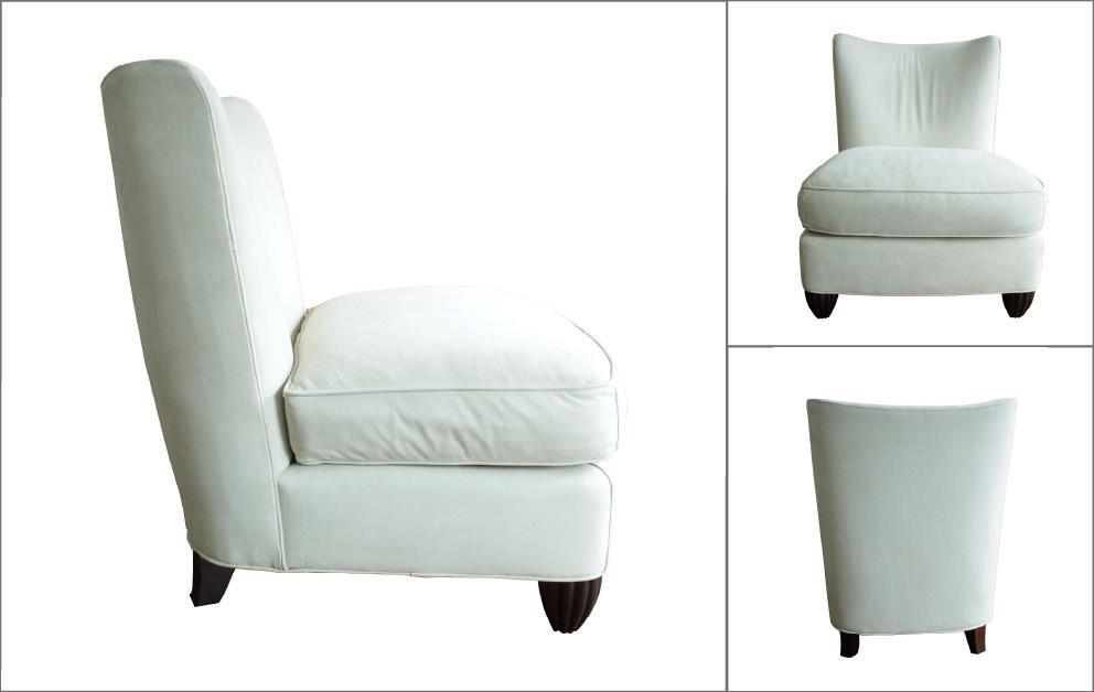 Fauteuils Baker entre deux chaises vintage